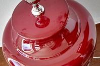 bordo stolní lampa
